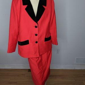 YVES SAINT LAURENT - blazer and skirt
